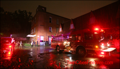 Stroh's Brewery, St. Paul firefighter injured, Firefighter close call, near-miss, Twin Cites Fire Wire
