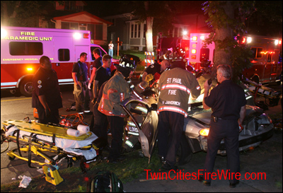 St. Paul firefighters, Vehicle extrication, Smith Avenue, St. Paul, Minnesota, Twin Cities Fire Wire